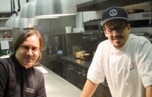 (v.l.n.r.) Daniel Vézina und sein Sohn Raphaël, Küchenchef in Québec