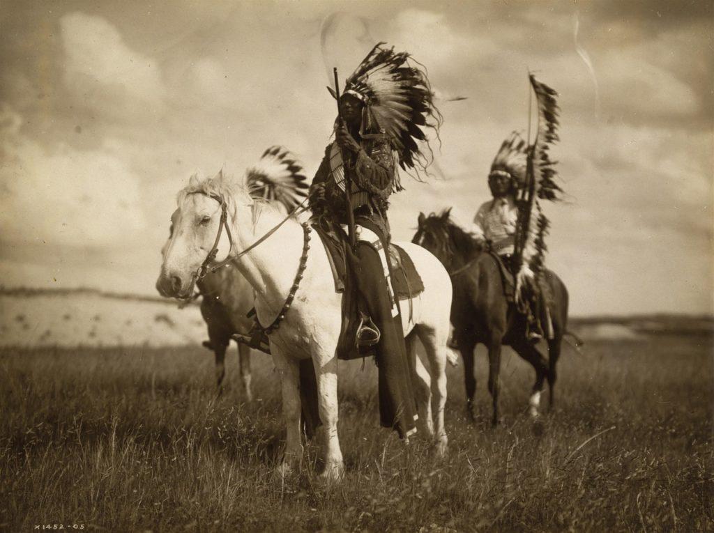 """Die friedvollen Indianer – Teil 5 – Indianer lebten im """"Krieg ..."""